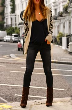 casual leopard cardigan, skinny jeans and booties