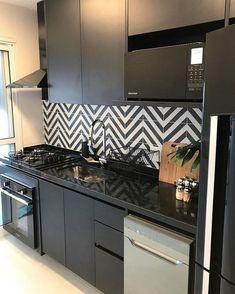 Kitchen Room Design, Kitchen Tiles, Home Decor Kitchen, Kitchen Countertops, Kitchen Interior, Kitchen Small, Room Interior, Beautiful Kitchen Designs, Beautiful Kitchens