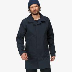 Norrøna oslo Gore-Tex Coat for men Gore Tex Fabric, Waterproof Coat, Wind And Rain, Summer Rain, Hip Bones, Winter Gear, Oslo, Classic Style, Chef Jackets