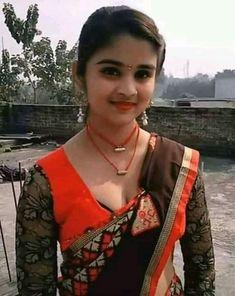 Desi hot - Beauty World Beautiful Girl In India, Beautiful Blonde Girl, Beautiful Girl Photo, Beautiful Bollywood Actress, Most Beautiful Indian Actress, Indian Girl Bikini, Indian Girls, Girl Number For Friendship, Dehati Girl Photo