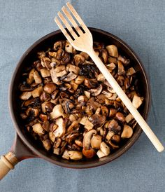 Mushrooms with Madeira sauce - Upgrade your mushroom side dish!