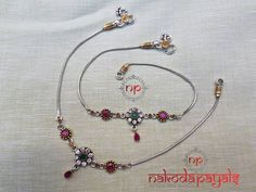Looking for latest silver anklet designs of Then check out this brand. Payal Designs Silver, Silver Anklets Designs, Anklet Designs, Necklace Designs, Mehndi Designs, Charm Jewelry, Silver Jewelry, Silver Bracelets, Silver Jhumkas
