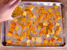 Easy, healthy, delicious vegan recipe for fall. Includes link to a detailed tutorial on how to peel and seed butternut squash. Zimbabwe Food, Clean Eating Recipes, Cooking Recipes, Roasted Butternut Squash, Delicious Vegan Recipes, Fall Recipes, Cinnamon, Easy, Veggies