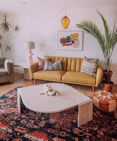 52 Apartment Decor Trending This Year - Home Decoration Experts - 52 Apartment Decor Trending This Year room - Funky Home Decor, Eclectic Decor, Home Decor Styles, Diy Home Decor, Room Decor, Wall Decor, Contemporary Home Decor, Home And Deco, Home Fashion