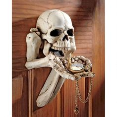 Medieval excitement radiates from the resin structure of this Design Toscano Beggar for Souls Skeleton Wall Sculpture. Hand-painted in white, this sculpture brings ghoulish charm wherever it's displayed. Skull Decor, Skull Art, Diy Halloween Decorations, Halloween Crafts, Halloween Skeletons, Scary Decorations, Halloween Tricks, Spooky Decor, Halloween Horror