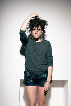 CHATTING WITH ANNIE MAC, cute outfit!