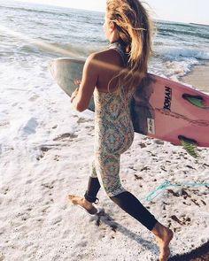 Native Verona Child Slip On Sneaker (Toddler/Little Kid), Surfer Blue/Shell US Beach Music, Surfer Girl Style, Surfer Girls, Sport Girl, Look Cool, Cover Up, Female, Lady, Casual
