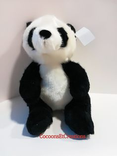 PELUCHE Boite à Musique PANDA par cocoonsetcreations sur Etsy Carrousel, Birth Gift, Gifts For Kids, Baby Gifts, Birthday Gifts, Children, Christmas, Etsy, Pandas