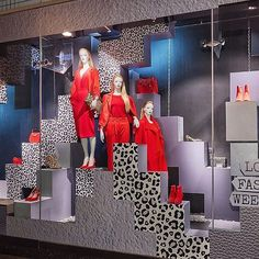 WEBSTA @ visualandcreative - Autumn Windows @debenhams #debenhamsoxfordstreet #aw2017 #lfw #redallert Clothing Displays, Retail Windows, Window Design, Debenhams, Visual Merchandising, How Are You Feeling, Market Stalls, Shop Fronts, Oxford Street