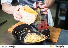 Italské špagety Carbonara recept - TopRecepty.cz Burritos, Ethnic Recipes, Food, Hoods, Meals
