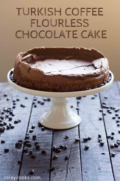 Turkish Coffee Flourless Chocolate Cake This Flourless Chocolate Cake recipe flavored with coffee and cardamom for a unique twist on a simple chocolate cake. It's gluten free and crazy easy to make! Food Cakes, Cupcake Cakes, Cupcakes, Dessert Places, Flourless Chocolate Cakes, Cake Chocolate, Easy Chocolate Recipes, Flourless Desserts, Coffee Dessert