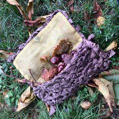 Pochette in seta tagliata a mano #pochette #silk #crochet #knitting #bag #fall #autumn #etsy
