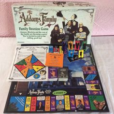 The Addams Family Reunion Board Game 1991 Complete Pressman 70s Toys, Retro Toys, Vintage Toys, Family Reunion Games, Family Board Games, Games Box, Fun Games, Game Station, Game Museum