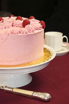 Eine Torte mit Namen? Das muss doch einen Grund haben! Ja klar, hat es auch! Die Antwort liegt auf der Hand ;-) . Diese Torte wurde für Stefania gebacken! Eine unglaublich sympathischeItalienerin…