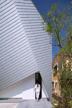 仁川の住宅 奥和田健建築設計事務所 スマートフォンページ