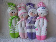 Muñecos hechos con medias