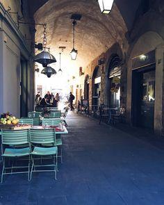 L'Arco di San Pierino, Florence, Italy // @allafiorentina