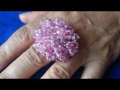 Bonito Anillo rosa paso a paso - YouTube Beading Projects, Beading Tutorials, Beading Patterns, Diy Beaded Rings, Diy Rings, Diy Jewelry, Beaded Jewelry, Handmade Jewelry, Beaded Spiders