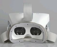 Onebutton bietet mit der VR WOW eine Virtual Reality-Brille im Einsteigerbereich an, die mit entsprechenden Apps Spielspaß und Filmgenuss in 3D ermöglichen soll.