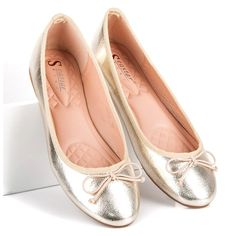 #Balerinki #Damskie #Seastar #Żółte #Złote #Baleriny #Seastar Chanel Ballet Flats, Shoes, Fashion, Moda, Zapatos, Shoes Outlet, Fashion Styles, Chanel Ballerina Flats, Shoe