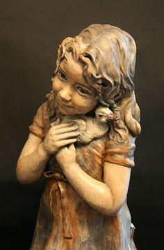 Anika sculpture by Angela Mia De La Vega