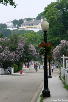 This is beautiful Mackinac Island but not the Grand Hotel as a previous poster suggested. Mackinac Island Michigan, Lake Michigan, Wisconsin, Michigan Vacations, Michigan Travel, Great Places, Places To See, Beautiful Places, Mackinaw City