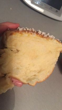 My super-fast brioche (thermomix) Ma brioche super filante ( thermomix) – Station De Recettes Cooking Chef, Cooking Recipes, Salt Dough Projects, Dessert Thermomix, Brioche Bread, Sicilian Recipes, Sicilian Food, Loaf Recipes, Cupcakes