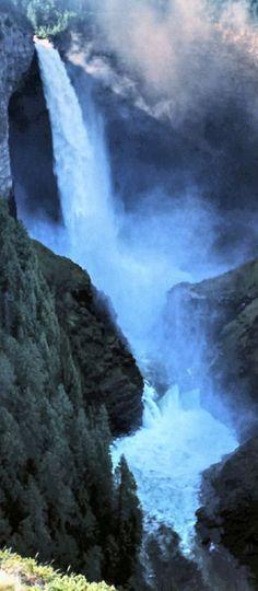 Spahats Creek Falls,  Wells Gray Provincial Park, British Columbia, Canada.