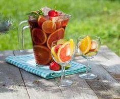Sangria, egal ob rot oder weiss - immer lecker bei einem schönen Essen oder einfach nur so bei schönem Wetter am Strand oder auf der Terrasse