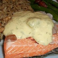 Quick Poached Salmon with Dill Mustard Sauce. I make the sauce for the frozen salmon cakes from Costco. Recipe For Poached Salmon, Dill Sauce For Salmon, Lemon Dill Sauce, Creamy Dill Mustard Recipe, Salmon Dishes, Fish Dishes, Main Dishes, Yogurt Recipes, Sauce Recipes