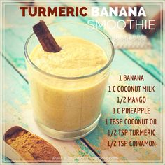 Turmeric banana smoothie – even better than golden milk