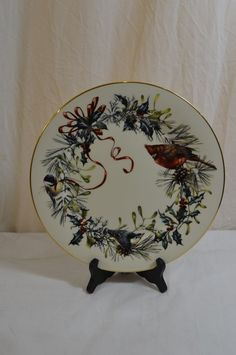 "Lenox Winter Greetings Cardinal 2 Dinner Plates 10 3/4"" Fine China Gold 900-9-11"