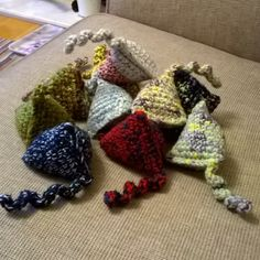 Day 3 for #ldjcrochethookup challenge and today it's a crochet hero. My inspiration and crochet hero is my mum who always had something on the go with either knitting needles or a crochet hook! By the way the photo is of cat nip toys crocheted for my local cat rescue charity. #crochetnowmag #ilovecrochet #crochetaddict #cattoys #handmade #instacrochet #crochetersofinstagram by mabledonroadbears