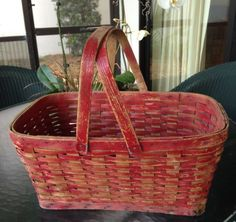 21in long x 13.5in x 9.5in Antique Old Red Paint Picnic Basket