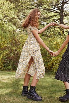 Slide View: 1: UO Monica Smocked Off-The-Shoulder Midi Dress