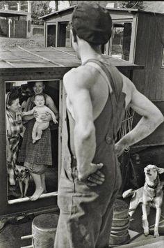 dead-molchun  Henri Cartier-Bresson (1908-2004) Bougival, Yvelines, France, 1956