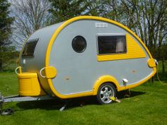 We recently had this beautiful caravan on the farm. How sweet! Read more on our blog...