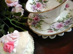 Royal Patrician Tea Cup Bone China Floral Wide Mouthed Footed Teacup Tea Cup and Saucer 3490
