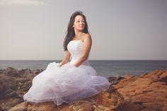 Photography Session Wedding Dress momentsbytiago.com