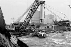 Einsturz der Reichsbrücke - Bergungsarbeiten