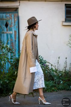 Lilia Litkovskaya Street Style Street Fashion Streetsnaps by STYLEDUMONDE Street Style Fashion Photography