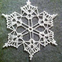 Crochet snowflake #christmasstreeornament #crochet #crochet #crochetornament #crochetsnowflake #crochetsnowflakes #magicbluebelldesigns