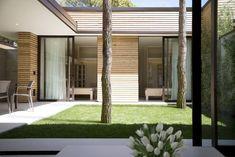 Construído na 2012 na Cavallino-Treporti, ItáliaMatteo Thun & Partners assinou o Plano Diretor para 6.400 m2 do renomado Marina di Venezia Camping, localizado em frente à Veneza. Um grupo de 32...
