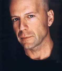 Love to kiss those lips!! Bruce Willis..yesterday, today and tomorrow!! still looks gorgeous even better with age..
