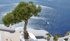 Design & Art Magazine: Spectacular Greek island retreat mixes traditional Cycladic architecture with contemporary design