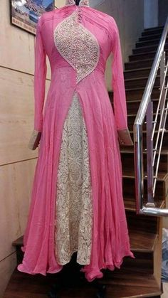 Someone found for: shrugs for dresses! Finthousands of hand made, classic, and one-of-a-kind merchandise. Shrug For Dresses, Indian Gowns Dresses, Pakistani Dresses, Anarkali Dress Pattern, Dress Patterns, Red Lehenga, Lehenga Choli, Bridal Lehenga, Indian Designer Outfits