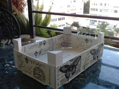 Con P de P                                                                                                                                                                                 Más Crate Crafts, Diy And Crafts, Fruit Box, Craft Organization, Gift Store, Diy Projects To Try, Wooden Boxes, Kids And Parenting, Crates