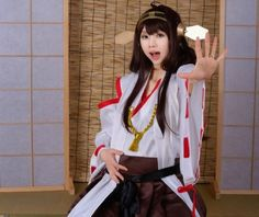 Chinese cosplayer's version of Kongou is pregnant for real, but fans can't decide if they likeit