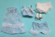 FAB RARE VINTAGE 1980 PEDIGREE SINDY DOLL CLOTHES *BABY BLUE* COMPLETE OUTFIT  £2.60