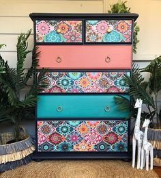 MudPaint Vintage Furniture Paint Jade color is a bluish green furniture paint color! Order now! Turquoise Furniture, Funky Painted Furniture, Painting Wooden Furniture, Bohemian Furniture, Decoupage Furniture, Green Furniture, Refurbished Furniture, Colorful Furniture, Furniture Makeover